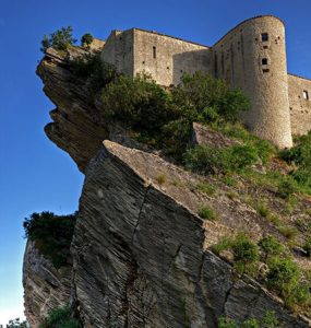 Castle in Chieti, italy. Linkavel Chieti Ventre bus